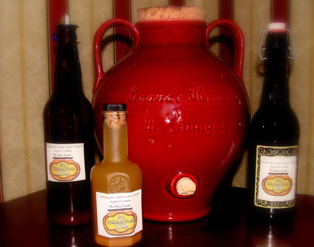 Red wine vinegar cultured food life - Homemade vinegar recipes ...